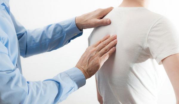 chiropractic-adjust